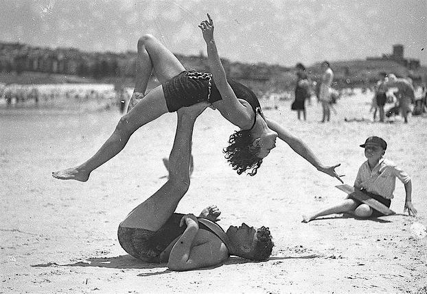 acrobat beach